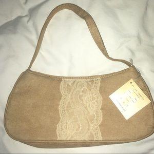 Handbags - NWT Small Victoria's secret makeup bag